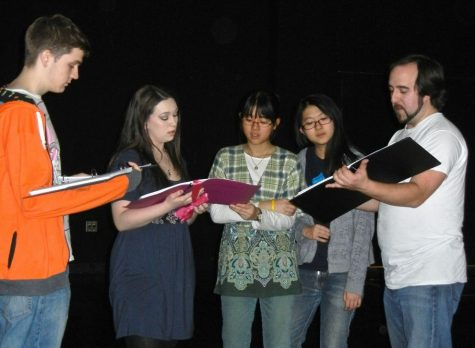 Director Daniel Tobiassen and Actors and Actresses goes over stage directions. -- Sarah Gitterman