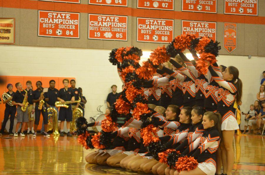 Rockville+Poms+perform+one+of+the+student+body%27s+favorite+routine+at+the+Pep+Rally.+--+Adam+Bensimhon