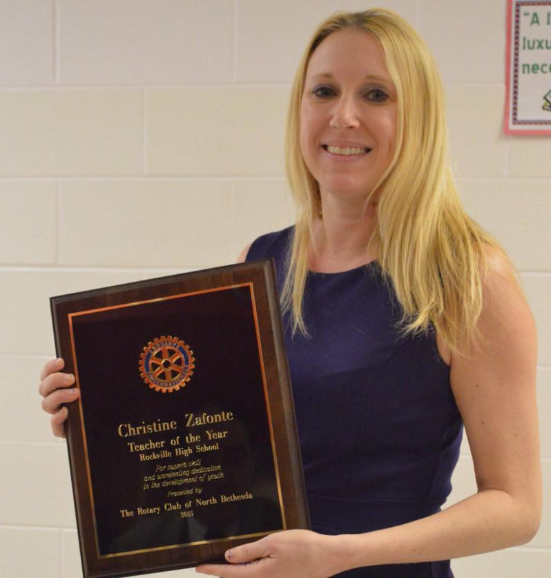 Christine+Zafonte+shows+her+award.+Zafonte+has+been+teaching+for+___+and+working+at+Rockville+since+___.