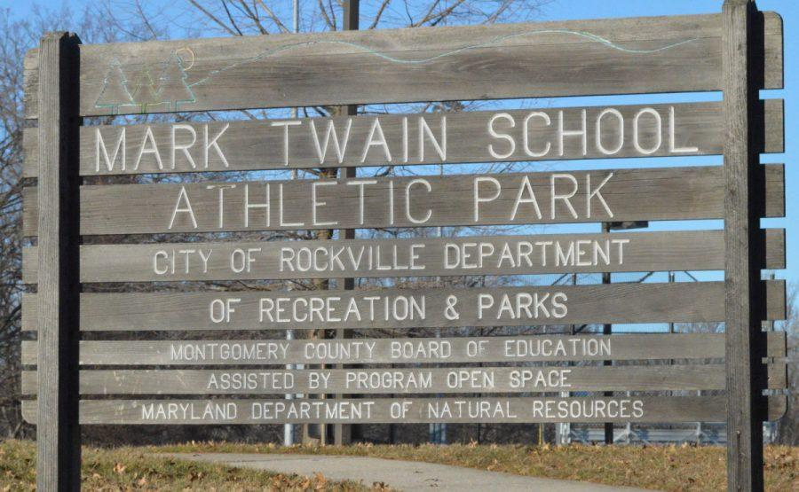 This+park%2C+belonging+to+Mark+Twain+MS%2C+now+known+as+the+Blair+G.+Ewing+Center%2C+is+near+the+site+of+the+proposed+bus+depot.+The+middle+school+holds+an+alternative-education+program+that+might+be+moved+to+another+location.+--Camila+Torres