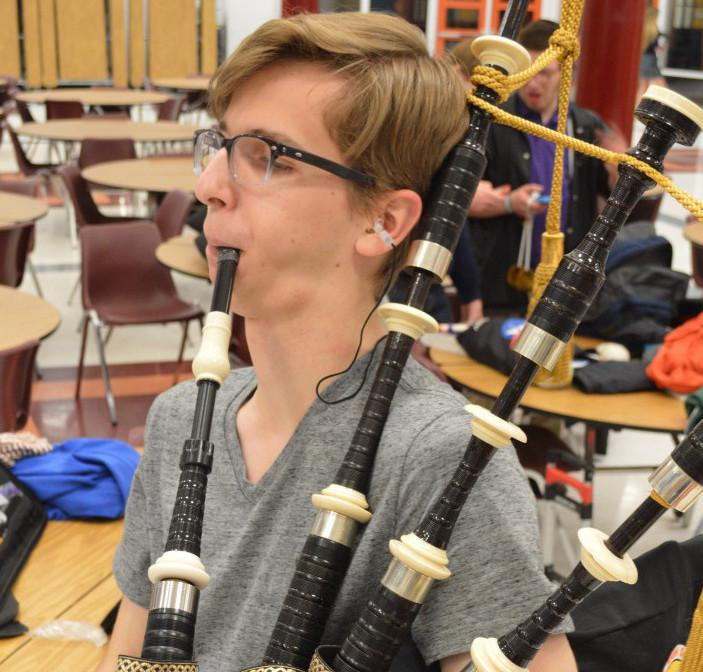 Senior+William+Shropshire+jams+out+on+his+signature+instrument+in+hopes+of+attaining+woodwind+perfection.+--Meklit+Bekele