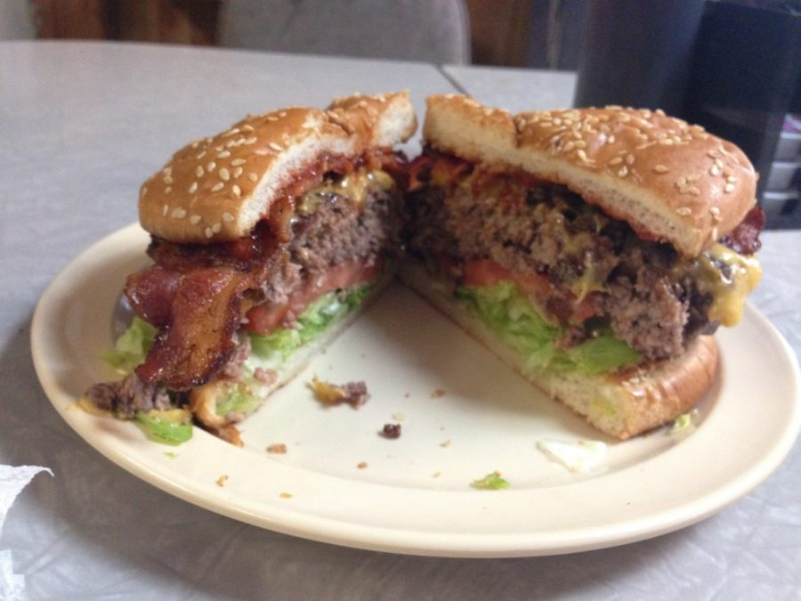 Sunshine%27s+famous+bacon+cheeseburger+moments+after+coming+off+the+grill.+Make+sure+to+check+out+Sunshine+for+a+great+burger%2C+you+won%27t+be+disappointed%21+--Alexander+Nagy