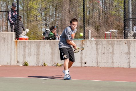 Boys Tennis Causes a Racquet with Division Title