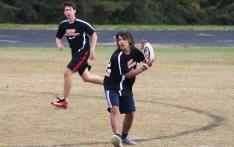 RHS Frisbee 'Bullets' Past Opposition