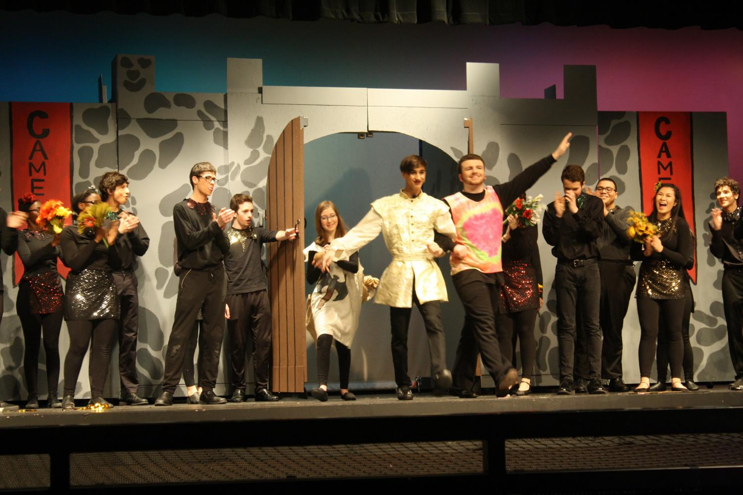 Sophmore+Jacob+Lunsford+and+senior+Evan+Hamod+perform+in+the+finale.