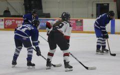 Sophomore Girl Skates Onto RAM Varsity Hockey