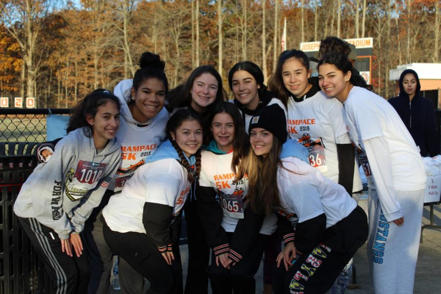 Girls varsity soccer joined the race together as a post-season team bonding activity.